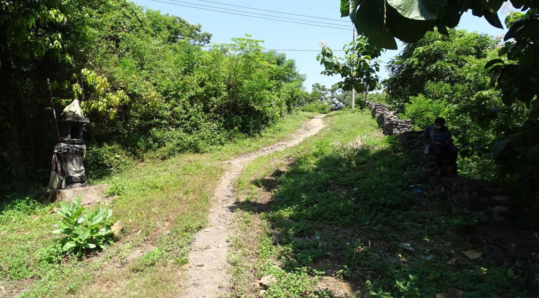 north-bali-hillside-sea-view-land-sale-road-access